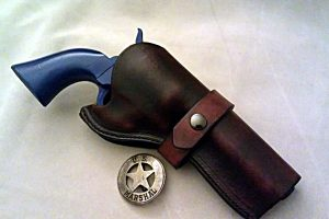 custom-leather-holster-for-5-barrel-revolve-1355133498-jpg