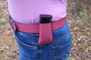 single-magazine-pouch-with-belt-clip-1429696675-jpg