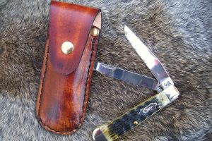 custom-leather-pocket-knife-case-large-up-1344723145-jpg