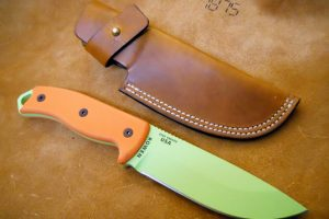 item-26491-custom-leather-knife-sheath-f-1353115387-jpg