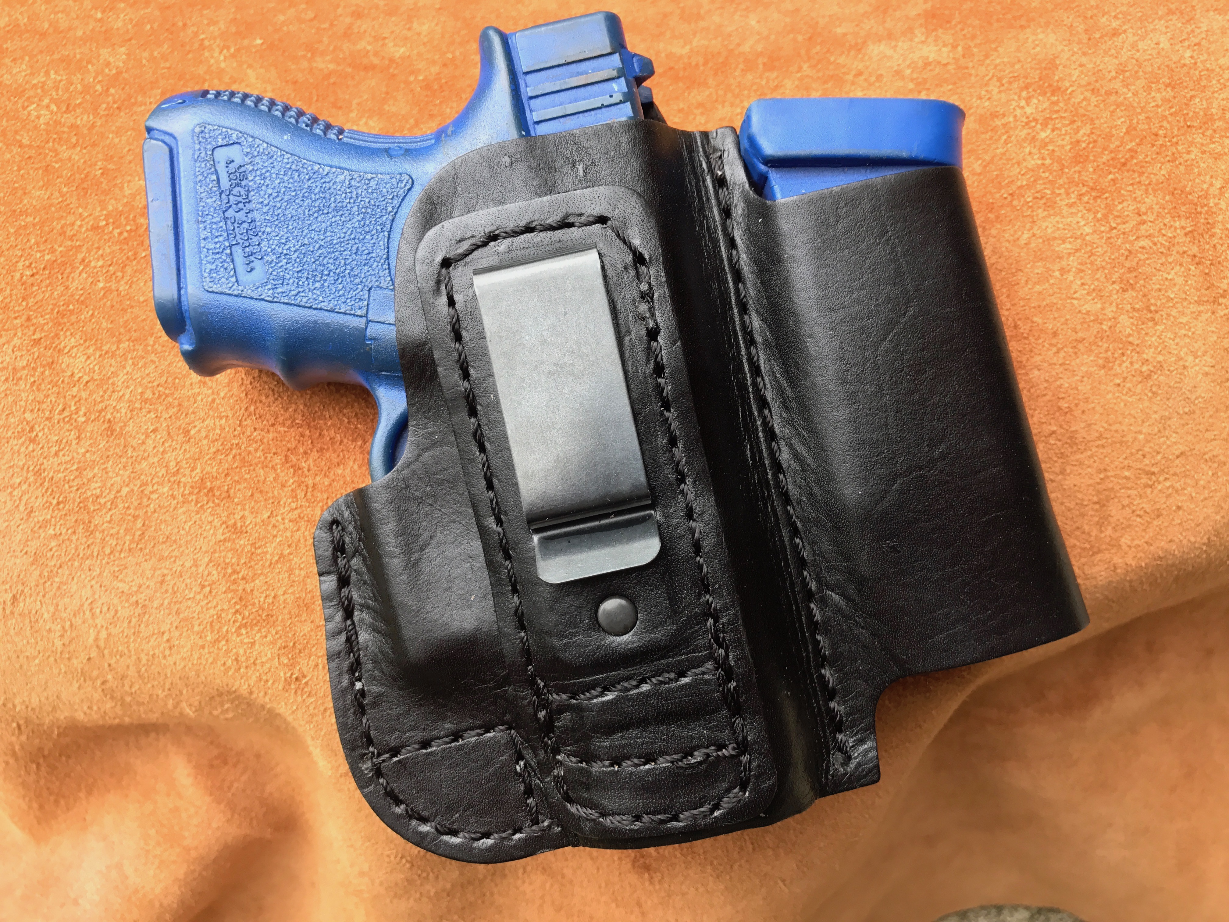 Conceal Carry Tuck-able (IWB) Holster w/ Magazine Pouch (HOLSTER37)