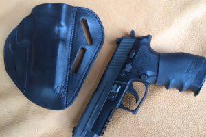 leather-pancake-style-gun-holster-large-hols-1404252398-jpg